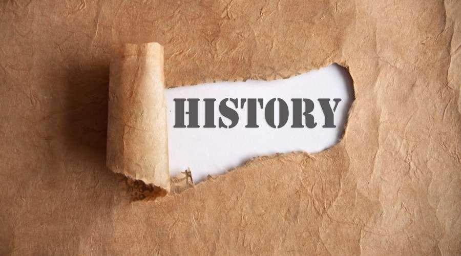 歴史と書かれている