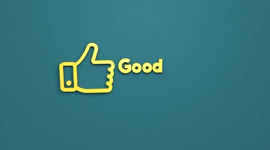 親指を立てているロゴとGoodの文字